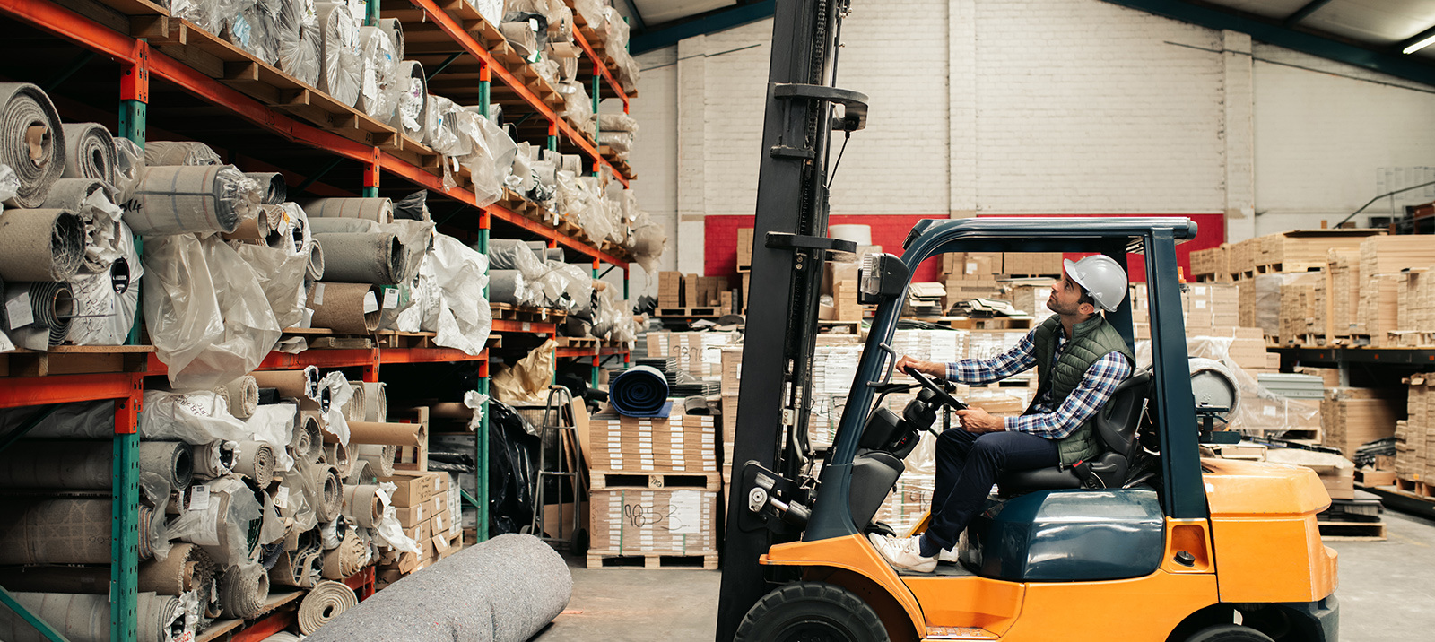 The Benefits of a Used vs New Forklift