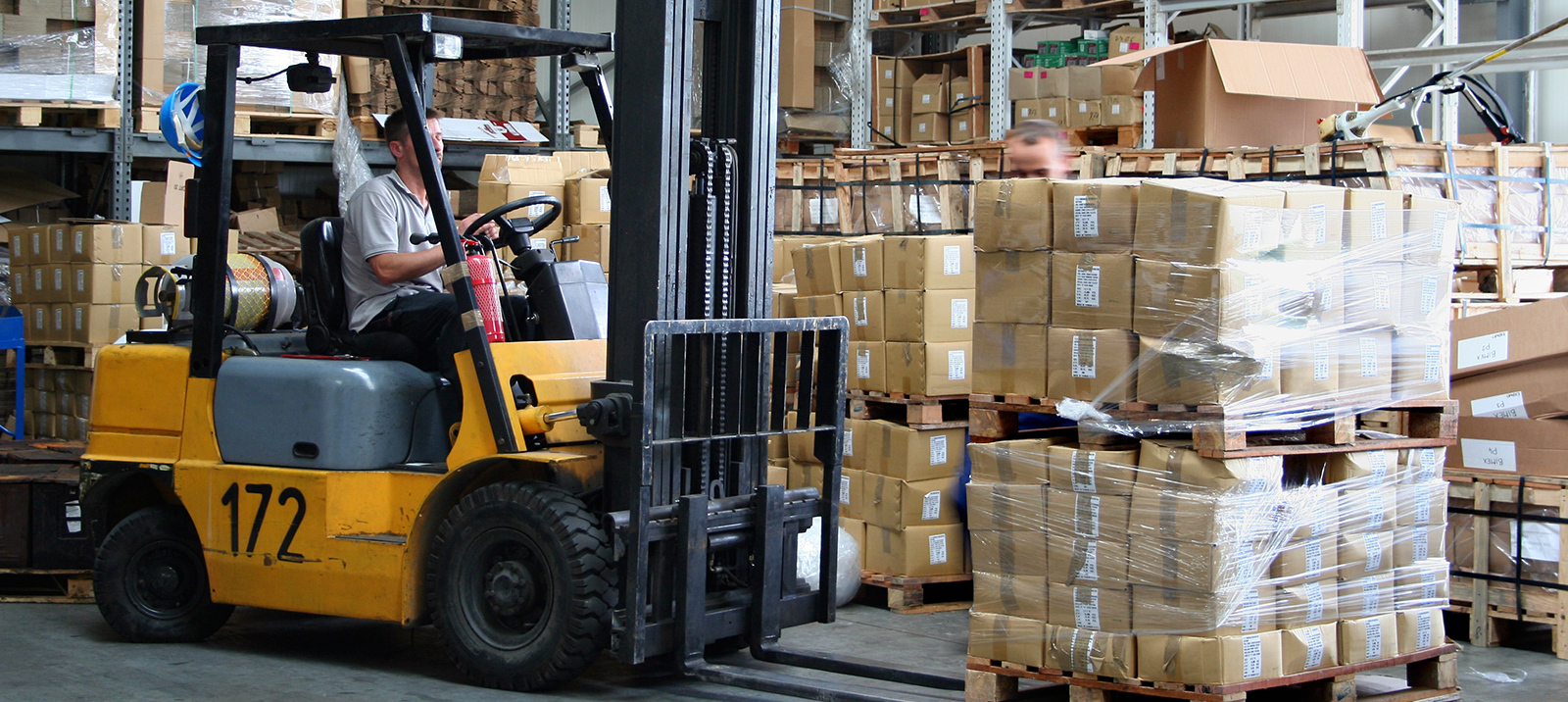 When Should You Repair or Replace Your Forklift?